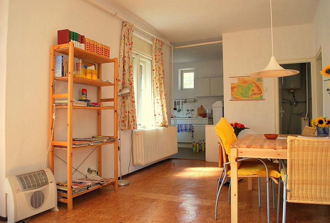 hauf kaufen in s ly in ungarn ferienh user in ungarn. Black Bedroom Furniture Sets. Home Design Ideas