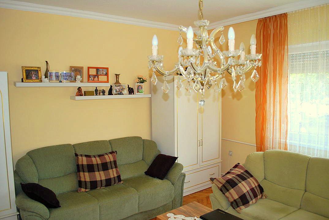 kossuth haus in ungarn kaufen 07 ferienhauser in ungarn. Black Bedroom Furniture Sets. Home Design Ideas