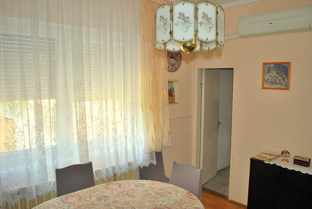 kossuth haus in ungarn kaufen 12 ferienhauser in ungarn. Black Bedroom Furniture Sets. Home Design Ideas